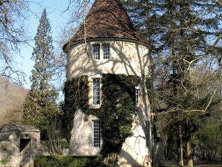 Le Vieux Chateau #18081.1