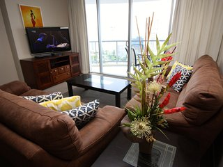 2262 Surfers Paradise 2 Bedroom Ocean View Holiday Apartment Chevron Renaissance