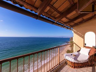 Ocean Front Penthouse on Punta Negra Beach - Fabulous Views of Banderas Bay