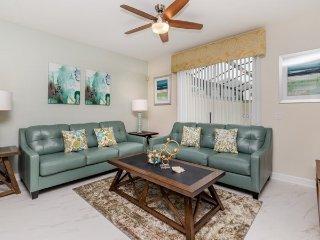 9041DD. Stunning 4 Bedroom 3 Bath Town Home in ChampionsGate Resort