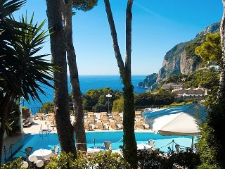 SEAVIEW HOUSE IN CAPRI