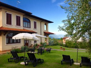 VILLA BEATRICE  WITH OUTDOOR SWIMMING POOL GARDEN AND BEAUTIFUL LAKE VIEW !!!!