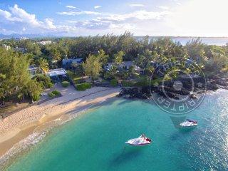 Casva-B 2BR Villa 2BR Beach Villa in Pereybere Bay