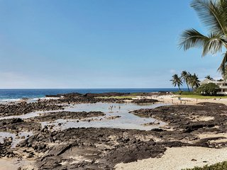 Keiki Beach Just Steps Away - protected swimming ponds