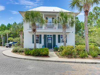 Classic, comfortable beachside home w/ shared pool, hot tub - walk to everything