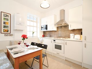2BR Westminster Apt close to Buckingham Palace
