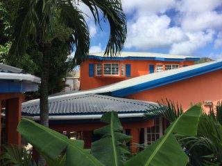 MEcasa Menavia St. Maarten