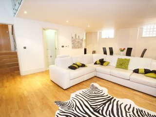 Fab 2 bed in heart of Kings Cross