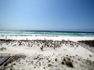 Pelican Beach Resort 310 - GULF FRONT- AMAZING VIEW