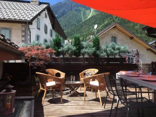 ChamRêve-Lovely flat-Central Chamonix-250m from ski lift-free parking