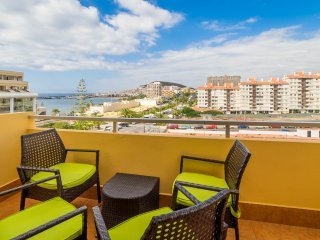 Sea view apartment in Los Cristianos