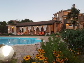 Rome villa Suki for marriage, family/friend get together, golf and Rome holiday