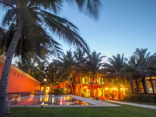 Villa Buena Suerte - TripAdvisor's Top Rental available with 5 or 6 King Suites
