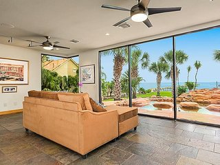 2 Bedrooms, Full Bath on 1st floor in a Luxury Home in Kemah