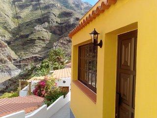 Casa en La Gomera. Acogedora, rural, con vistas y sin salir de la capital.