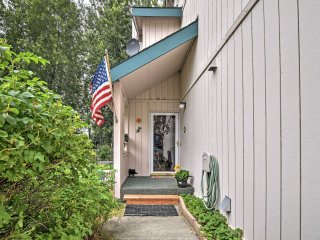Country-Style Home w/Patio - Mins to DT Anchorage!