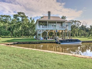 NEW! Riverfront 3BR Abbeville House w/Private Dock