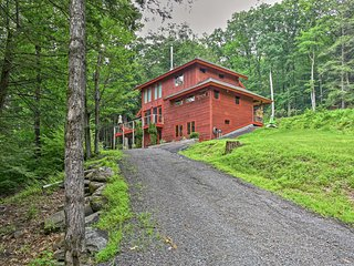 Zen 3BR Mt. Tremper Home w/ Incredible Views!
