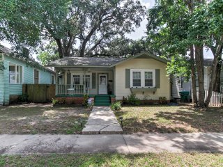 NEW! Cozy 2BR Gulfport House - Walk to the Beach!