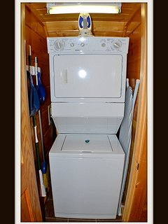 washer & dryer \ lower level