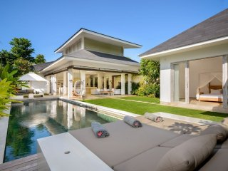 Lovely 3BR Villa in Canggu, Near Beach & Tourist Locations