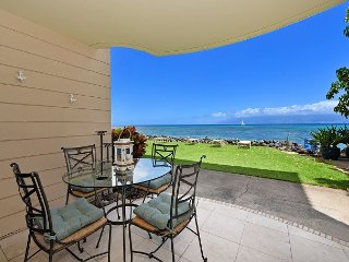 Kahana Reef 122 - Newly Remodeled One Bedroom Direct Ocean Front