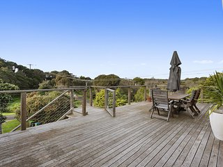 Tallarook Beach House - very close to beach
