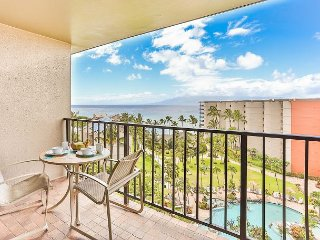 Great Ocean Views from Private 9th Floor One Bedroom!