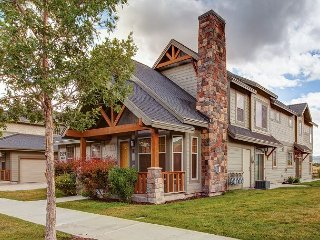 Refined 3BR Townhouse on Nature Preserve, Near Park City Mountain/Deer Valley