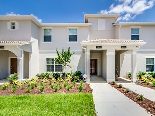NEW CONTEMPORARY - 4 Bedroom Townhome