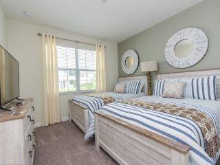 Fantastic 5 Bedroom 5 Bathroom Storey Lake 4797KCC
