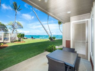Watch Waves! Lanai to Lawn, Modern Kitchen, Private Den, WiFi, Kauai Kailani