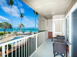 Dreamy Pacific+Pool View! Lanai, Chic Kitchen, WiFi, Den, Kauai Kailani K105