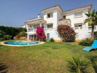 Hermosa casa con vistas al mar cerca de la playa | La Cala de Mijas