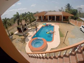 Beautiful beach house with swimming pool for rent
