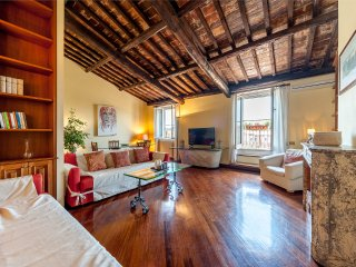 Coloseum - Penthouse (up to 8)
