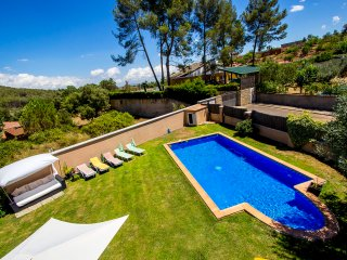 Five-bedroom villa in Can Vinyals, nestled in the hills between Barcelona and