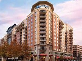Washington, DC National Harbor condo $245/night