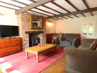 Character Cottage in the heart of the Colne Valley