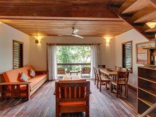 Aqua: Casa Urraca Luxury Three Bedroom Tree House