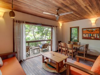 Aqua: Casa Urraca Luxury Two Bedroom Tree House