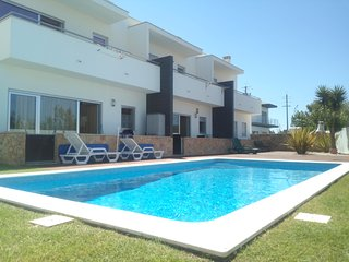Nazaré 13kms Villa with pool 600m from the beach