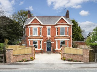 Private Room in a Victorian House Close to the village of Tarporley