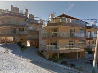 Casa/Apto de 3 andares em condomínio