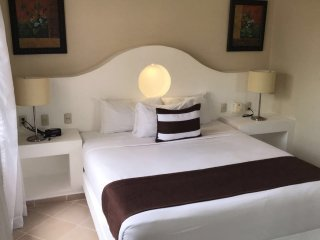 2 Bedroom Crown Suite Penthouse - VIP All Inclusive! - Puerto Plata