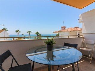 Apartamento Calabella, Frente al Mar con AC