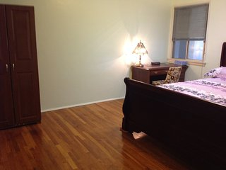 One bedroom or 2 bedrooms near North Hollywood