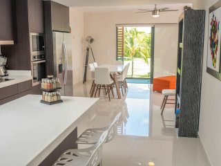 Exclusive & Calm Penthouse for 8 with Golf course view!