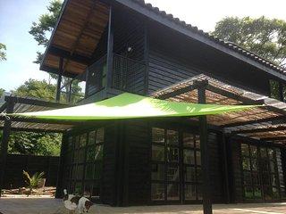 Villa Bongo