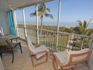 Sanibel Surfside #114: Immaculate Condo w/ Direct Gulf Front Expansive Views!